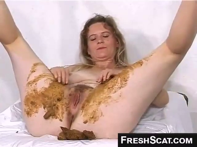 Hot Blonde Girl Enjoys Smearing Shit All Over Herself And Her Very Hairy Pussy