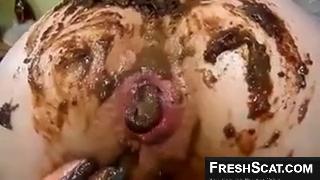 Lesbian Fucking Her Girlfriends Messy Shithole On Webcam