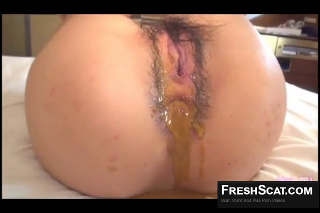 Asian Babe Gets Enemas To Shit Easier On Webcam