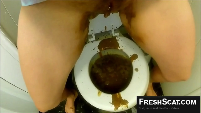 Shit Explosion On Live Webcam Watch Her Make A Huge Mess All Over Her Toilet