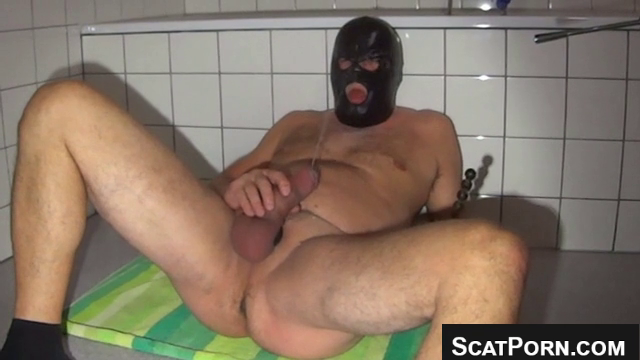 Guy Pisses Out Of His Cock Into His Own Mouth And Fucks His Ass MALE PISSING