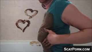 Sexy Scat Girl Smears Hearts Using Shit On The Wall And Loves Being Covered In Poop