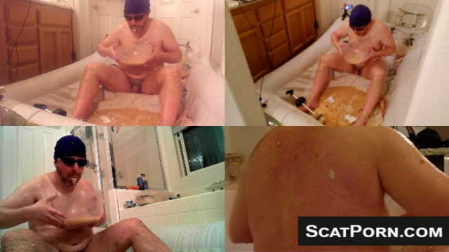 Disgusting Man Shits Pisses And Vomits And Plays With It On Webcam MALE SCAT